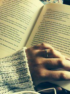#read #books #lunar chronicle