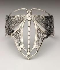 Lovely dragonfly ring...this would be beautiful as a bracelet too. (I HAVE IT AS A BRACELET...AND IT'S GORGEOUS!)