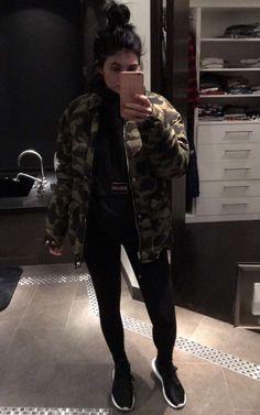 7eab3eb892f0 pinterest   mayllxx2 ✷⇠ Kylie Jenner Makeup Shop
