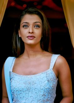 Aishwarya Rai Cannes, Actress Aishwarya Rai, Aishwarya Rai Bachchan, Bollywood Stars, Bollywood Fashion, Vintage Bollywood, Beautiful Bollywood Actress, Tabu, Star Wars