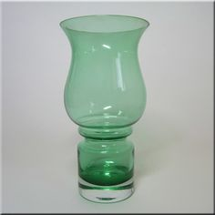 Riihimäen Lasi Oy / Riihimaki green glass 'Tulppaani' (Tulip) vase by Tamara Aladin, design number 1512.