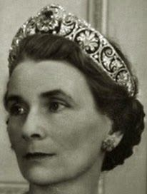 Tiara Mania: Gloucester Honeysuckle Tiara worn by Princess Alice, Duchess of Gloucester