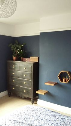 Dulux Bretton Blue - really like it Navy Living Rooms, Paint Colors For Living Room, Living Room Sofa, Living Room Decor, Blue Lounge, Home Design Decor, Interior Design Living Room, Home Decor, Blue Bedroom