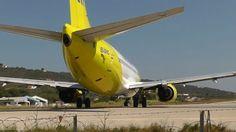 The danger of powerful Jet Blast ✈️ Great video by YouTube (TheGreatFlyer). Skiathos airport. ------------------------------------------- #planespotting #planes #полет #air #avgeek #avporn #aviation #aviators #aviation4u #boeing #jet #instagramaviation #instapilot #instaplane #instaaviation #flight #flying #piloteyes737 #pilotlife #авиация #самолёт #самолеты #jetblast #funny #eu_spotters #plane_picture #funnyvideos #funnyvine #boeinglovers #airbusboeingaviation