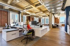 Knoll Generation Chairs and Antenna Workspaces