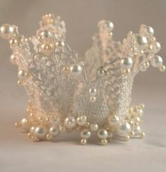 Crown. Need to  make this! :)
