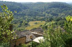 Sabran, petit village pittoresque, à proximité de Bagnols-sur-Cèze.