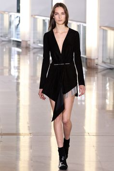 See the complete Anthony Vaccarello Fall 2015 Ready-to-Wear collection.