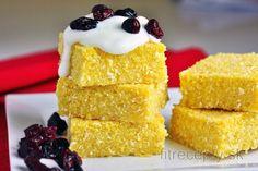 Chia ryža v mlieku s ovocným pyré a banánom Sweet Desserts, Sweet Recipes, Bread Recipes, Cake Recipes, Vegan Treats, Yams, Polenta, Cottage Cheese, Cornbread