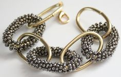 Frugal DIY: Chunky Beaded Bracelet (links to another site for actual tute) Beaded Jewelry, Jewelry Bracelets, Jewelery, Chain Jewelry, Bracelet Tutorial, Diy Bracelet, Jewelry Accessories, Jewelry Design, Hardware Jewelry