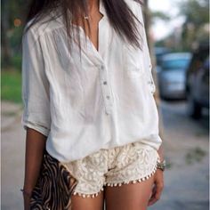 With a couple accessories, this would be such an adorable outfit!
