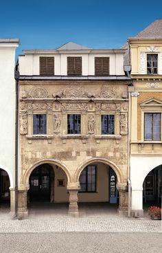 Litomyšl (Czech pronunciation: [ˈlɪtomɪʃl̩]; German: Leitomischl) is a town and…