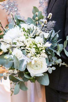 Credit: Melissa Vermeulen Film & Fotografie - bloemstuk, huwelijk (ritueel), bloem (plant), rozen, bruid, bloemen, romance (relatie), viering, liefde, ornament, natuur, bruids, romantisch, plant, betrokkenheid, bruidegom, huwelijk (burgerlijke staat), geschenk, blad, mooi