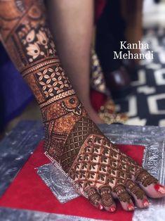 Engagement Mehndi Designs, Latest Bridal Mehndi Designs, Unique Mehndi Designs, Wedding Mehndi Designs, Beautiful Henna Designs, Dulhan Mehndi Designs, Mehndi Designs For Hands, Leg Mehendi Design, Leg Mehndi