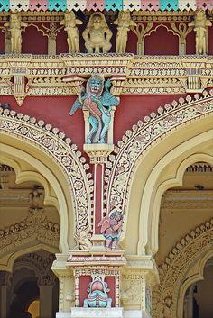 Le palais de Thirumalai Nayak (Madurai, Inde)   Flickr - Photo Sharing!