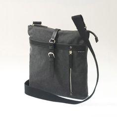 Body III Crossbody Bag Black