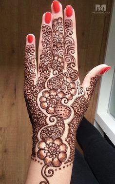 10 Majestic Mughlai Mehndi Designs Just For You!