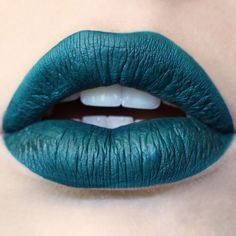 10 sublimes couleurs de rouges à lèvres mats à adopter cette rentrée - Les Éclaireuses
