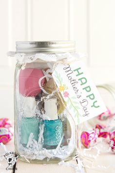 Mother's Day Mason Jar Gift - Mother's Day Gift Ideas - Mother's Day Gifts in Mason Jars - Mason Jar Mother's Day Gift Ideas