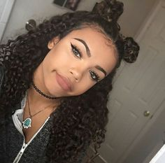 Find images and videos about girl, fashion and hair on We Heart It - the app to get lost in what you love. New Hair, Your Hair, Afro, Thing 1, Hair Laid, Curled Hairstyles, Pretty Face, Hair Hacks, Hair Goals