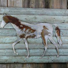 HORSE OPTIONAL WOOD BACK - Lg  $24  29g metal horse optional wood back.