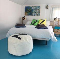 Décoration de chambre   Location d'appartements tout confort à Fuerteventura dans les îles Canaries en Espagne www.dragohomes.com . Déco by 727Sailbags www.727sailbags.com