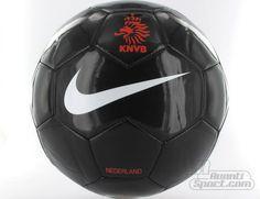 Voetbal - Zwarte bal ophanging ...