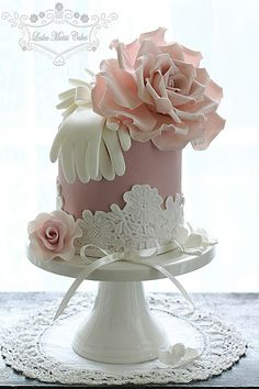 Mini cake w/white lace, gloves & pink rose topper