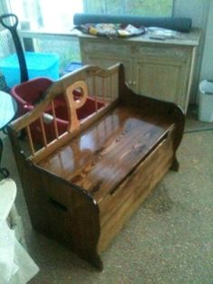 I'd like to build a toy box for my new little guy.  Has anyone done anything like this?  do you have plans or pictures of the build?  thanks  Nick