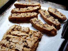 Salted walnut & chocolate chip biscotti | The Wanna be Country Girl