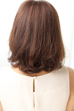 azure/AVEDA hair&spaのヘアスタイル | 大人カジュアルボブ 担当 森 | 神奈川県・横浜駅周辺の美容室 | Rasysa(らしさ)