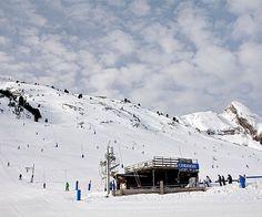 Snow sports Jaca 3000 Apartments