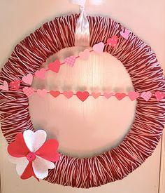 Valentine's Day wreath made with yarn.