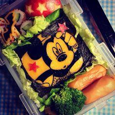 ハロウィンの不思議な力があなたと共にありますように! May the magic of Halloween be with you!! - 151件のもぐもぐ - Spooky Micky Lunch Box♥️ ミッキーのハロウィン弁当 by Yuka Nakata