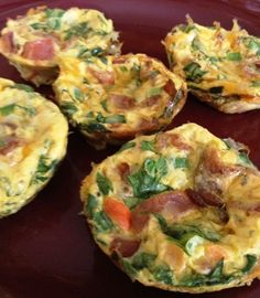 Mini breakfast quiches: low cal and perfect for any diet.