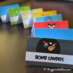 Angry Birds Birthday Party Printables - Table Cards - To get your own set of these coolest Angry Birds birthday party invitations, please go to TinyPrintables.com. See you there!