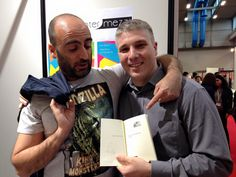 Salone Internazionale del Libro di Torino 2015. Firma copie di Angelo Orlando Meloni, autore de La fiera verrà distrutta all'alba.