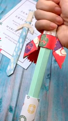 👍👍SWORD Origami Tutorial - DIY - Bought for a teenager who loves crafting but not done origami before. Instructions are very simple - Cool Paper Crafts, Paper Crafts Origami, Fun Crafts, Crafts For Kids, Creative Crafts, Summer Crafts, Decor Crafts, Diy Crafts Hacks, Diy Crafts For Gifts