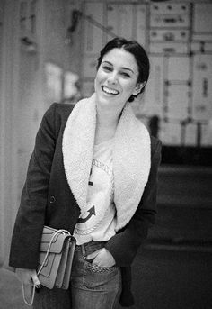 Smile for today Vogue, Black N White, Sandro, Most Beautiful Women, Pretty People, Hair Beauty, Actresses, Coat, Mens Tops