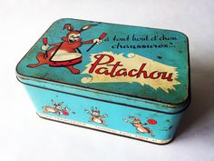 1950's Blue French TIN BOX baby shoe box by PetitesChosesDeLaVie, $18.00 Vintage Candy, Vintage Tins, French Vintage, Metal Tins, Metal Box, Clever Packaging, Milk Box, Tin Can Crafts, Enamel Ware