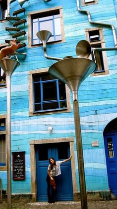 The Building with the sound of rain Dresden, Germany http://updatedhome.com/building-sound-rain-dresden-germany/