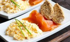 Groupon - Lachsfrühstück inkl. Kaffee für zwei oder vier Personen bei Grossstadt Deli (bis zu 48% sparen*) in Essen. Groupon Angebotspreis: 17,90€