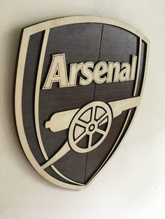 Arsenal Wooden Crest Wall Hanging Made of Natural Wood Veneer with Melamine Polish Logo Arsenal, Arsenal Fc, Arsenal Wallpapers, Football Tattoo, Wall Logo, White Cherries, Corrugated Box, Wood Veneer, Wooden Walls