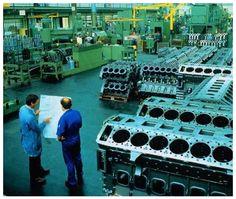 (Large Diesel Engine Factory)