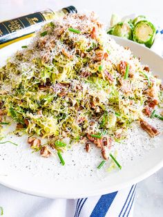 Shredded brussels sprouts warm salad, tossed in bacon grease with black truffle oil, chopped pecans, freshly grated parmesan and cracked pepper. Its absolutely delicious! Perfect as a side or main dish Bacon Recipes, Paleo Recipes, Appetizer Recipes, Appetizers, Brussel Sprout Salad, Brussels Sprouts, Sprout Recipes, Vegetable Recipes, Recipes With Truffle Oil