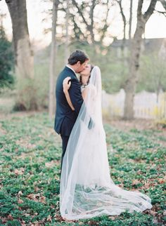 Neutral Garden Wedding Ideas | Wedding Ideas | OnceWed.com