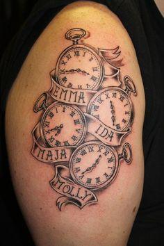 kreatives Tattoo mit Namen