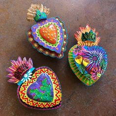 After weeks of ceramics, sewing, and event organizing, it felt GREAT to paint! Fresh from my studio - handpainted tin heart lanterns! Just put up for sale at Mexican Crafts, Mexican Art, Terracotta Jewellery, Slab Pottery, Arte Popular, Event Organization, Vintage Holiday, Heart Art, Sacred Heart