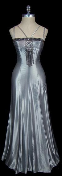 1930 Art Deco Fashion    So very Feminine This style of art deco fashion I would wear