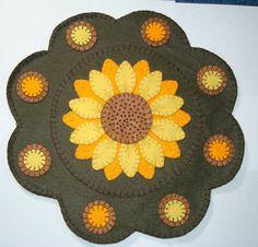 Wool Felt Sunflower Penny Rug by SmidgenHandicrafts on Etsy, $30.00